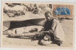 CPA MADAGASCAR Musicien Malgache Joueur De Valiha Instrument Musique Music Timbre Stamp 1936 - Madagascar