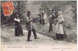 Cpa  TYPESN D AUVERGNE  La Bourrée - Auvergne