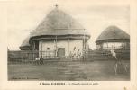 CAMEROUN  MISSION DE BANSWA LA CHAPELLE COUVERTE EN PAILLE - Cameroun