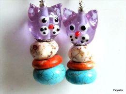 Boucles D´oreilles Chat Violet Turquoise Orange Verre Artisanal Et Howlite Pierre Semi-précieuse   Adorables Têtes De Ch - Earrings