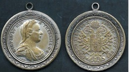 1740 -780 IMPERO AUSTRIACO MARIA THERESIA MEDAGLIA BI COLORE 1/2 TALLER RAR - Royal/Of Nobility