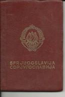 S. F. R.  YUGOSLAVIA  ---   PASSPORT  --  1967  --  LADY PHOTO   ---  VISA : 1 X ALLE LANDEN, 3 X DEUTSCHLAND - Historische Dokumente