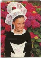 Jeune Fille En Costume De LANGONNET (Finistère) - Non écrite - 2 Scans - Autres Communes