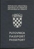 REPUBLIC OF CROATIA  --   PASSPORT  ---   1993  --  LADY FOTOS - Historische Dokumente
