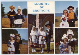 Sourire De Bretagne - Groupe D'enfants En Costume De PONT L'ABBÉ QUIMPER FOUESNANT Et KERLOUAN - Non écrite - 2 Scans - France