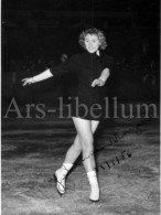 Photo Ancien / Femme / Woman / Kunstschaatsen / Patinage Artistique / Figure Skating / 1956 / Ph. G. Coens Borgerhout - Sport