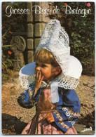 Grosses Bises De Bretagne - Fillette En Costume De FOUESNANT - écrite Et Timbrée - 2 Scans - Fouesnant