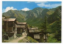 SAINT-VERAN - Un Coin Du Village. Dans Le Fond, Montagne Des Avers,cpm  N° 13.703  éd  De France - Autres Communes