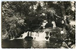 Maroc - IFRANE En 1951 - La Cascade Bertin - écrite Timbre Enlevé - 2 Scans - Maroc