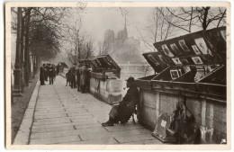 PARIS...  En Flânant En 1932 - Les Bouquinistes Du Quai De La Tournelle - écrite Et Timbrée - 2 Scans - Arrondissement: 05
