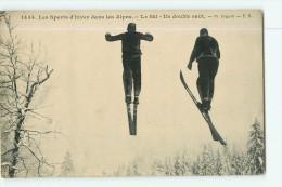 Sports D' Hiver - Les Alpes - Le SKI : Un Double Saut - Superbe Plan -  2 Scans - Sports D'hiver