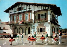 LE FANDANGO A BIDART CPM CIRCULEE - Dances