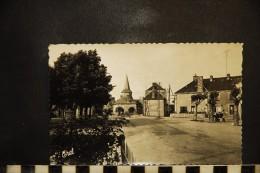 CP, 87, SAINT LEGER MAGNAZEIX La Grand´ Rue  Edition Doucet RARE - Otros Municipios