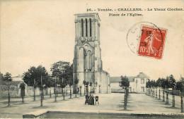 Dép 85 - Challans - Le Vieux Clocher - Place De L'Eglise - état - Challans