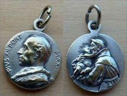 Mada-444 Médaille Ancienne Pius XII Et L'Enfant Jésus - Godsdienst & Esoterisme