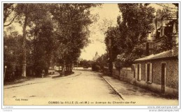 77-COMBS-la-VILLE-Avenue Du Chemin De Fer. - Combs La Ville