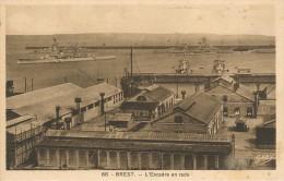 CPA-1935-29-BREST-ESCADRE EN RADE-TBE - Brest
