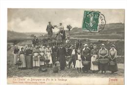BEAUNE , LA PAULEE EN BOURGOGNE OU FIN DE VENDANGE - Beaune