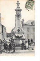 51 -  CPA  De  REIMS  -  La  Fontaine  Golinot   En  1907   (  Très  Animée  ) - Reims
