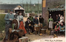 14 -Scènes De La Vie Normande  Chez Les Sabotiers - France