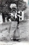 Femme Portant Une Cruche En 1906 - Corse