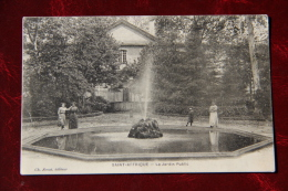 SAINT AFFRIQUE - Le Jardin Public - Saint Affrique