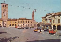 Canneto Sull'Oglio,  Auto In Piazza Matteotti Inizio Anni 80 - Italia