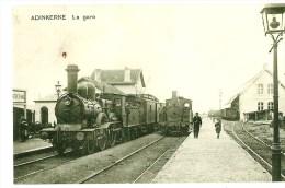 ADINKERKE LA GARE INTERIEURE AVEC TRAINS LOCOMOTIVE A VAPEUR  A L ARRET  (PHOTOGRAPHIE DE  L ORIGINAL) - Riproduzioni