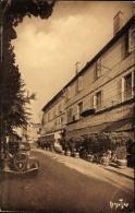 Cp Ribérac Dordogne, Vers Les Cafés, Straßenpartie, Café Des Colonnes - France