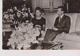 CPSM Fiançaille De Son A.R Le Prince Albert De Liège Avec La Princesse Donna Paola Ruffo Di Calabria. BELGIQUE - Familles Royales