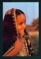 BAHRAIN  -  Girl Wearing Thoab Nashil  Unused Postcard As Scan - Bahrain