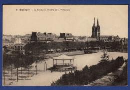 29 QUIMPER Le Champ De Bataille Et La Préfecture ; Kiosque - Quimper