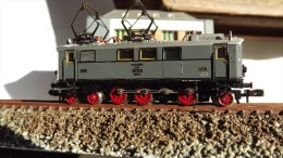 SCALA N ECHELLE - MINITRIX 2912 LOCO ELETTRICA DRG E 36 02 - N SPUR - Locomotive