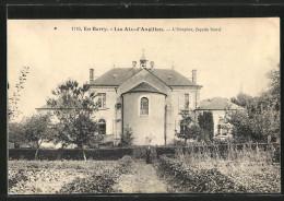 CPA Les Aix-d'Angillon, L'hospice, La Facade Nord - Les Aix-d'Angillon