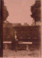PHOTO D UNE FEMME 09.1931 GEIO???? DIFFICILE A LIRE - Cartes Postales