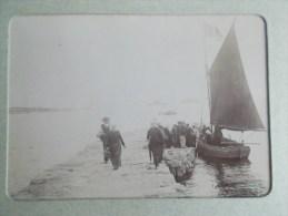 PHOTO DE ROSCOFF ( 29 BRETAGNE ) Arrivée Des Femmes De L´Ile De Batz  1898/1902 - Lieux