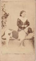 PHOTO CDV Second Empire JEUNE FILLE Et SON CHIEN - Alte (vor 1900)
