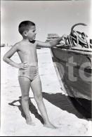 70s ORIGINAL AMATEUR 35mm NEGATIVE BEACH BOY PORTUGAL NOT PHOTO NEGATIVO NO FOTO - Photographica