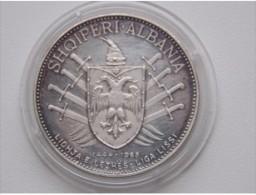 ALBANIA 5 LEK 1969 - Albania