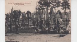 59 - AN DER GRÄBERN GEFALLENER KAMERADEN IN NORDFRANKREICH / ENTERREMENT SOLDAT ALLEMAND DANS LE NORD - France