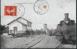SAINT ANJEAU LA GARE ET LOCOMOTIVE - France