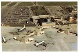 (222) Airport USA - Austin Straubel Field - Aerodromi