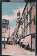 Nevers - LLa Rue Du Commerce Et Le Beffroi - Nevers