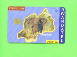 RWANDA - Chip Phonecard/Elephant