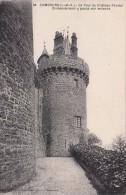 Cp , 35 , COMBOURG , La Tour Du Château Féodal ,Chateaubriand Y Passa Son Enfance - Combourg