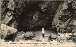 29 - POINTE DU RAZ - Baie Des Trépassés - La Pointe Du Raz