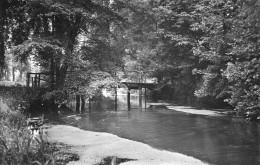 GUEURES  Passerelle Du Chateau 1958 - France