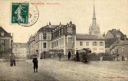 45 MONTARGIS Place Du Patis Animée Banque Société Générale - Montargis
