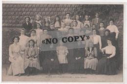 AGON- COUTAINVILLE- ( Manche )   -  Une Classe - Autres Communes