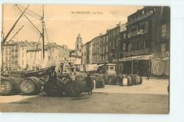 SAINT TROPEZ -  Le PORT Animé : Déchargement Des Tonneux - TBE - 2 Scans - Saint-Tropez